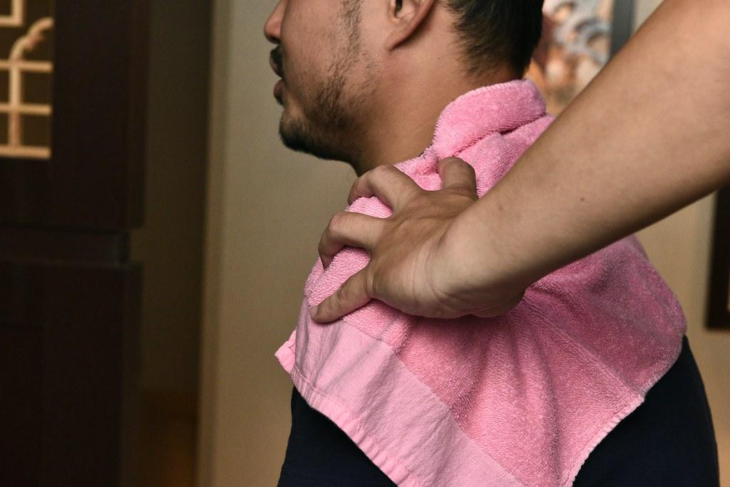 台南按摩|肩頸按摩 力道適中